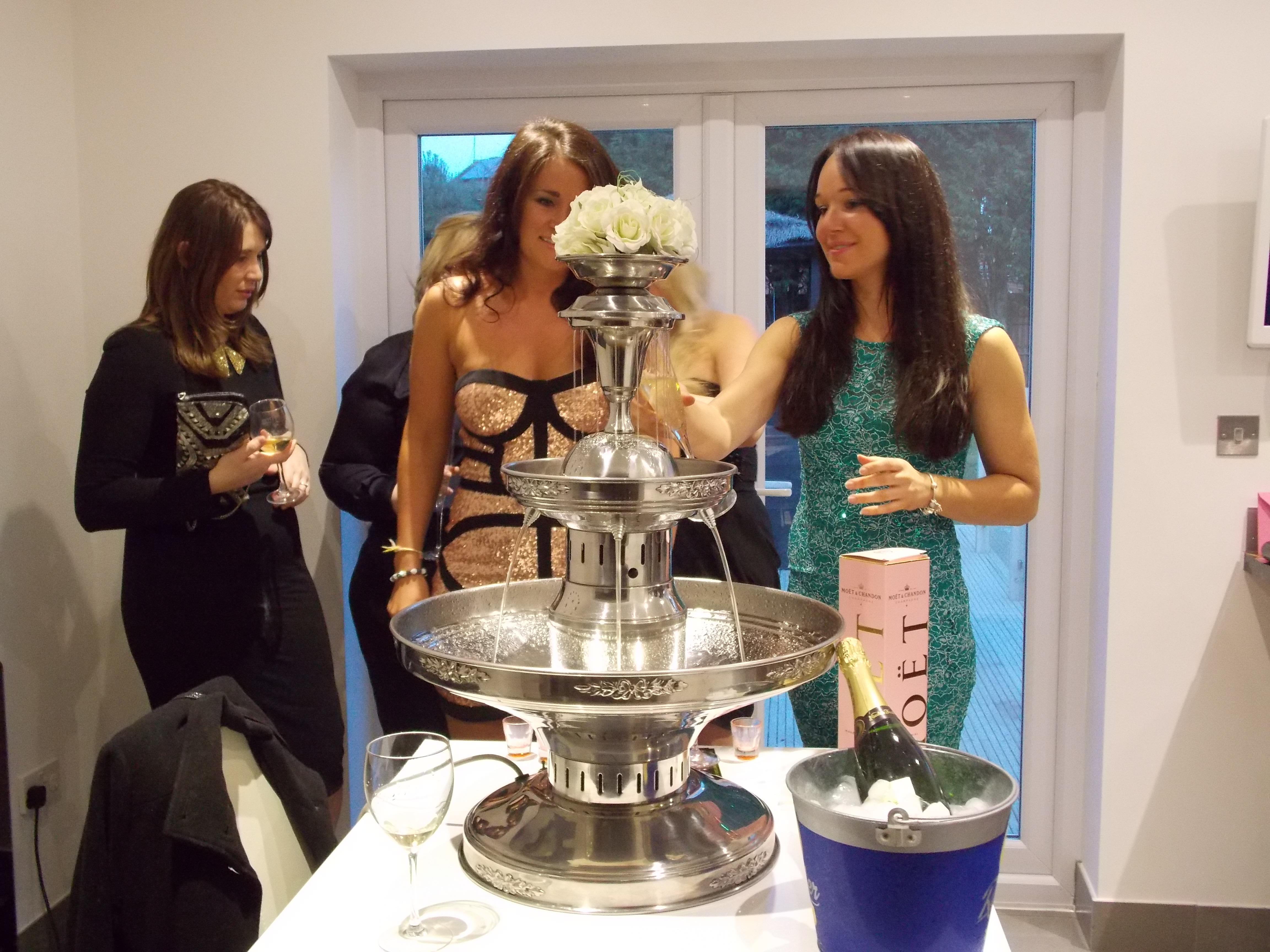 birthday party champagne fountain